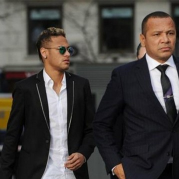 How much does Neymar's father earn in a week?