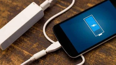 Your smartphone will be charged in only 2 seconds!